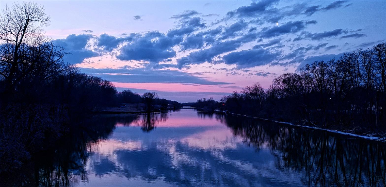 Sunrise on the Clinton River